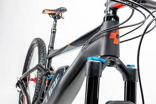 Integrated Cable Routing