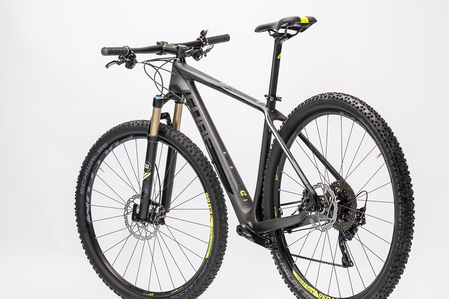 2017 Fox Racing Shox Overview Boost Options as well 11spd This Weeks Best New Bike Gear 47906 additionally merce moreover Cube Reaction Gtc Sl 2x Carbonnflashyellow 2016 moreover Colnago Cf12 Ferrari Edition Bike. on bike wheel and axle