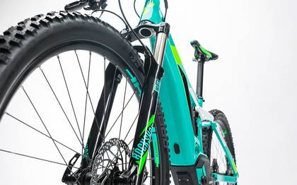 Detail image of Cube Sting WLS Hybrid 120 SL 500 27.5 mint´n´flashgreen 2017 (13)
