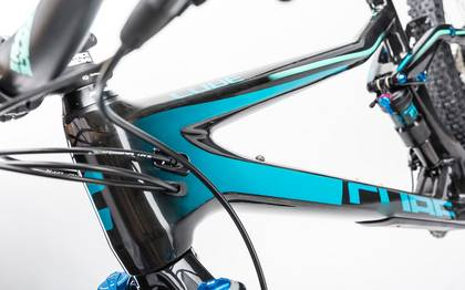 Detail image of Cube Stereo 160 C:62 Race 27.5 carbon´n´blue 2017 (6)