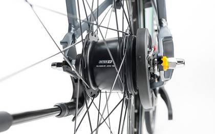 Detail image of Cube Travel Hybrid Pro 500 grey´n´flashgreen 2017 (18)