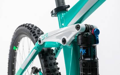 Detail image of Cube Sting WLS Hybrid 120 SL 500 27.5 mint´n´flashgreen 2017 (8)