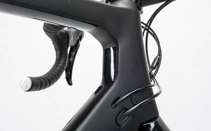 Detail image of Cube Agree C:62 Disc carbon´n´white 2017 (8)