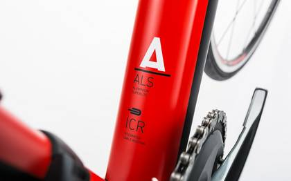 Detail image of Cube Attain Race black´n´red 2017 (7)