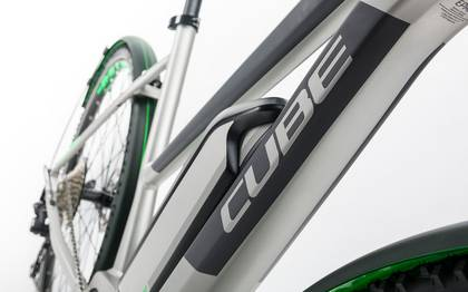Detail image of Cube Cross Hybrid Race Allroad 500 silver´n´green 2017 (8)