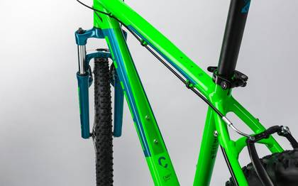 Detail image of Cube Aim 27.5 green´n´blue 2017 (1)