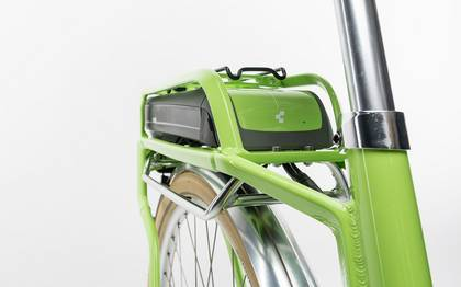 Detail image of Cube Elly Ride Hybrid 400 green´n´white 2017 (2)
