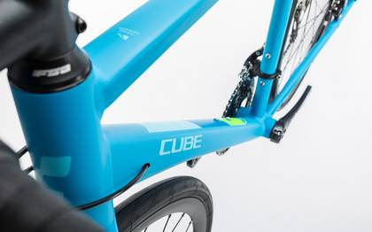 Detail image of Cube Axial WLS Pro Disc reefblue´n´green 2017 (7)