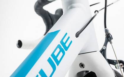 Detail image of Cube Axial WLS white´n´reefblue 2017 (6)