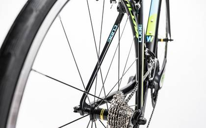 Detail image of Cube Axial WLS GTC Pro carbon´n´blue 2017 (14)