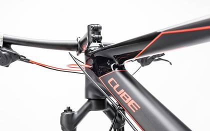 Detail image of Cube Reaction GTC 2x carbon´n´flashred 2017 (6)