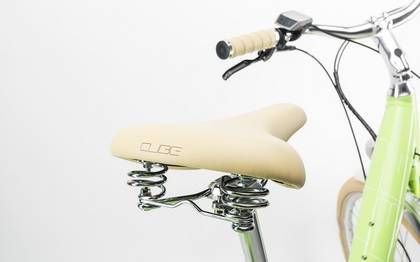 Detail image of Cube Elly Ride Hybrid 400 green´n´white 2017 (7)