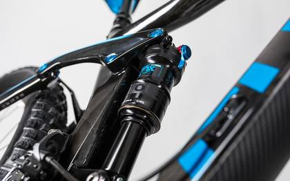 Detail image of Cube Stereo 140 C:62 Race 29 carbon´n´blue 2017 (13)
