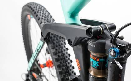 Detail image of Cube Fritzz 180 HPA SL 27.5 black´n´mint 2017 (6)