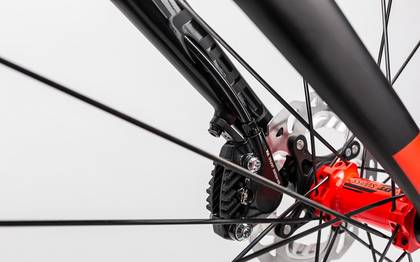 Detail image of Cube Agree C:62 Race Disc carbon´n´flashred 2017 (11)