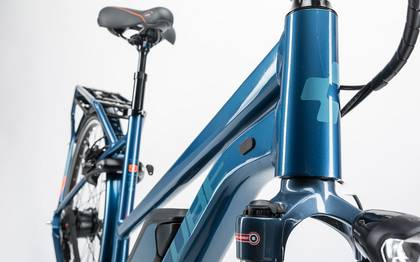 Detail image of Cube Travel Hybrid Pro 500 smoky blue´n´flashorange 2017 (4)