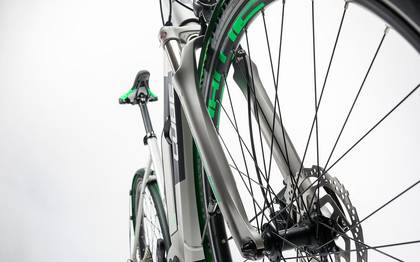 Detail image of Cube Cross Hybrid Race Allroad 500 silver´n´green 2017 (13)