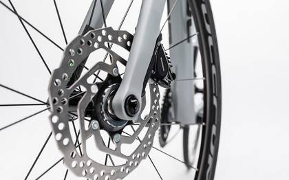 Detail image of Cube Attain GTC Pro Disc grey´n´flashgreen 2017 (15)