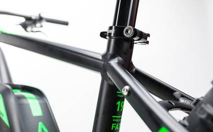 Detail image of Cube Nutrail Hybrid 500 black´n´green 2017 (6)