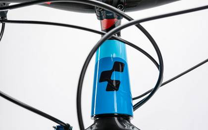 Detail image of Cube Reaction Hybrid HPA Race 500 blue´n´flashred 2017 (8)