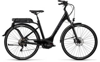 Big bike image of touring hybrid Pro 500