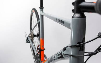 Detail image of Cube Attain Race Disc grey´n´flashorange 2017 (6)