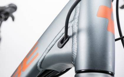 Detail image of Cube Touring Hybrid Exc 400 grey´n´copper 2017 (7)
