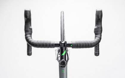 Detail image of Cube Attain GTC Pro Disc grey´n´flashgreen 2017 (1)
