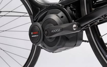 Detail image of Touring Hybrid Pro 400 (12)