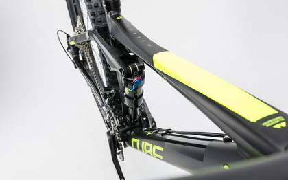 Detail image of Cube Stereo 140 HPA Race 27.5 black´n´flashyellow 2017 (6)